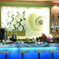 Отель Stalis Blue Sea Front Deluxe Rooms гостиничный бар