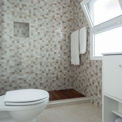 Отель Azores Villas - Beach Villa Португалия, Понта-Делгада - отзывы, цены и фото номеров - забронировать отель Azores Villas - Beach Villa онлайн ванная