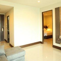 Отель Crystal Suites Suvarnabhumi Airport Бангкок комната для гостей фото 3