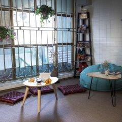 The Chi Novel Hostel интерьер отеля фото 2