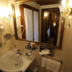Отель Palazzo Abadessa Италия, Венеция - отзывы, цены и фото номеров - забронировать отель Palazzo Abadessa онлайн ванная