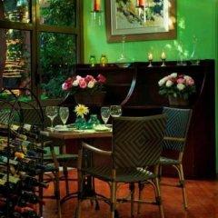 Dionysos Hotel гостиничный бар