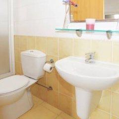 Отель Villa Amalia Кипр, Протарас - отзывы, цены и фото номеров - забронировать отель Villa Amalia онлайн ванная