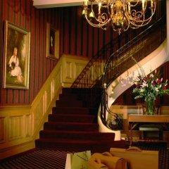 Отель 47 Park Street - Grand Residences by Marriott развлечения