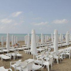 Отель Sirma пляж