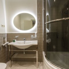 Гостиница Бутик-отель Хабаровск Сити в Хабаровске 2 отзыва об отеле, цены и фото номеров - забронировать гостиницу Бутик-отель Хабаровск Сити онлайн ванная