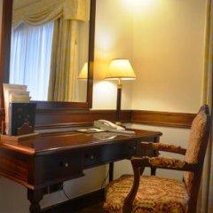 Отель Olissippo Lapa Palace – The Leading Hotels of the World Португалия, Лиссабон - 1 отзыв об отеле, цены и фото номеров - забронировать отель Olissippo Lapa Palace – The Leading Hotels of the World онлайн удобства в номере фото 2