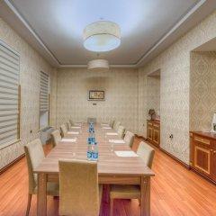 Отель Grand Hotel Азербайджан, Баку - 8 отзывов об отеле, цены и фото номеров - забронировать отель Grand Hotel онлайн в номере