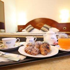 Отель Baviera Mokinba Милан в номере фото 2