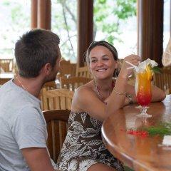 Отель Cerf Island Resort питание