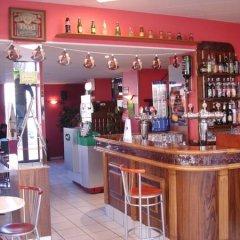Отель Hôtel de Savoie гостиничный бар