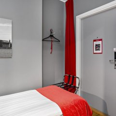 Elite Hotel Adlon сейф в номере