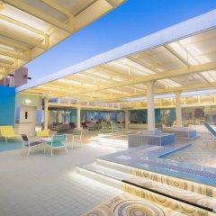 Отель Ayla Bawadi Hotel & Mall ОАЭ, Эль-Айн - отзывы, цены и фото номеров - забронировать отель Ayla Bawadi Hotel & Mall онлайн бассейн