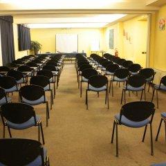 Отель MH Hotel Piacenza Fiera Италия, Пьяченца - отзывы, цены и фото номеров - забронировать отель MH Hotel Piacenza Fiera онлайн помещение для мероприятий фото 2