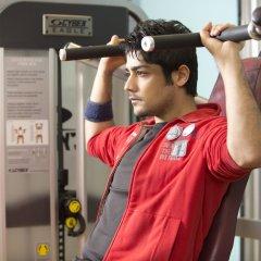 Отель The Suryaa New Delhi фитнесс-зал