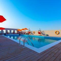 Отель Occidential Dubai Production City бассейн