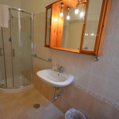 Отель Alexis Италия, Рим - 11 отзывов об отеле, цены и фото номеров - забронировать отель Alexis онлайн ванная