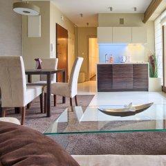 Апартаменты Visitzakopane Eco Apartments Косцелиско комната для гостей фото 3