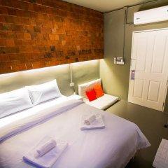 Отель MeeTangNangNon Bed&Breakfast Таиланд, Пхукет - отзывы, цены и фото номеров - забронировать отель MeeTangNangNon Bed&Breakfast онлайн комната для гостей фото 2