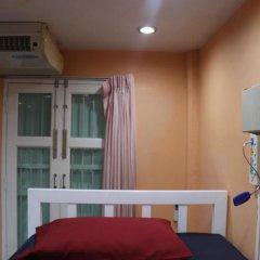 Ama Hostel Бангкок комната для гостей
