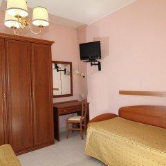 Hotel Marconi Фьюджи сейф в номере