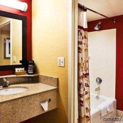 Отель Courtyard Columbus Easton США, Колумбус - отзывы, цены и фото номеров - забронировать отель Courtyard Columbus Easton онлайн ванная