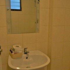 Отель Banglumpoo Place Таиланд, Бангкок - отзывы, цены и фото номеров - забронировать отель Banglumpoo Place онлайн ванная