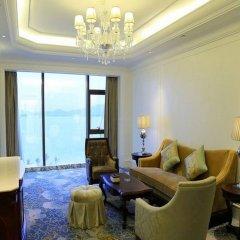 Отель Xiamen Goldcommon Royal Seaside Hotel and Hot Spring Китай, Сямынь - отзывы, цены и фото номеров - забронировать отель Xiamen Goldcommon Royal Seaside Hotel and Hot Spring онлайн комната для гостей