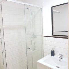 Отель Apartamento Salitre 2 - Lavapiés Испания, Мадрид - отзывы, цены и фото номеров - забронировать отель Apartamento Salitre 2 - Lavapiés онлайн ванная фото 2