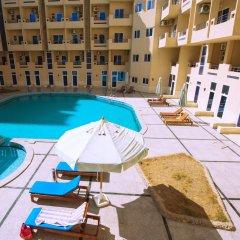Отель Tiba Resort бассейн