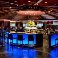 Sheraton Grande Sukhumvit, Luxury Collection Hotel, Bangkok гостиничный бар