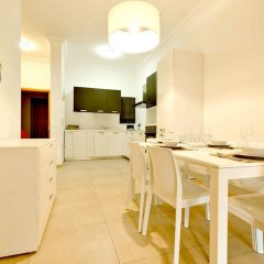 Отель Luxury Apartment With Pool Мальта, Слима - отзывы, цены и фото номеров - забронировать отель Luxury Apartment With Pool онлайн комната для гостей фото 3