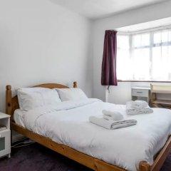 Отель 3 Bedroom House In Brighton With Garden Брайтон комната для гостей фото 4