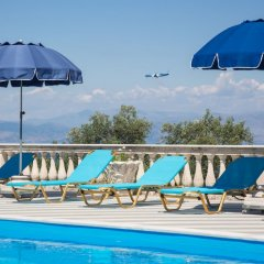 Апартаменты Brentanos Apartments ~ A ~ View of Paradise бассейн фото 3