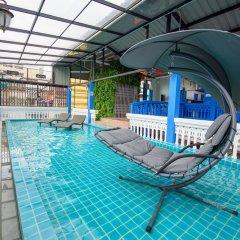 Отель Ama Hostel Bangkok Таиланд, Бангкок - отзывы, цены и фото номеров - забронировать отель Ama Hostel Bangkok онлайн бассейн фото 3