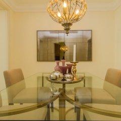 Отель DHH - Souk Al Bahar Дубай интерьер отеля фото 2