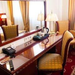 Отель Holiday Park Польша, Варшава - 5 отзывов об отеле, цены и фото номеров - забронировать отель Holiday Park онлайн удобства в номере фото 2