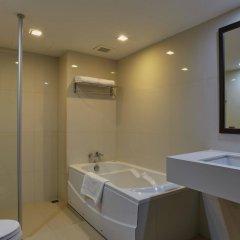 Отель Royal Suite Residence Boutique Бангкок ванная фото 2