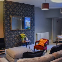 Отель Bright 2 Bedroom Garden Flat in the Heart of Hove интерьер отеля