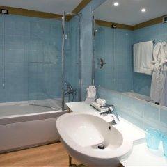Отель Spadari Al Duomo Италия, Милан - отзывы, цены и фото номеров - забронировать отель Spadari Al Duomo онлайн ванная