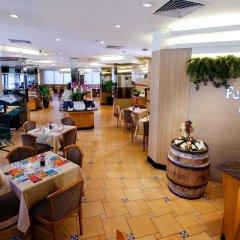 Отель Miramar Singapore развлечения