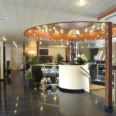 Отель Crossgates Hotelship 4 Star - Altstadt - Düsseldorf Дюссельдорф гостиничный бар