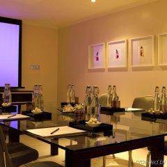 Отель Radisson Blu Edwardian, Leicester Square Великобритания, Лондон - отзывы, цены и фото номеров - забронировать отель Radisson Blu Edwardian, Leicester Square онлайн питание