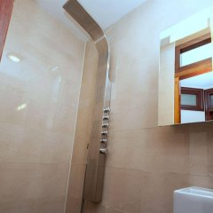 Апартаменты Leidse Square City Center Apartments ванная