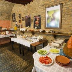 Отель Marco Polo Top Hostel Венгрия, Будапешт - 14 отзывов об отеле, цены и фото номеров - забронировать отель Marco Polo Top Hostel онлайн питание