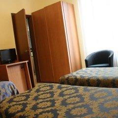 Hotel Garden сейф в номере