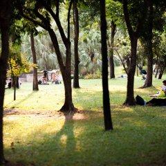 Seek Sleep Hostel Бангкок фитнесс-зал