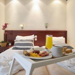 Golden City Hotel в номере