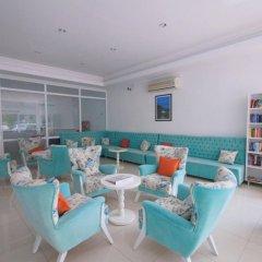 Karbel Beach Hotel гостиничный бар
