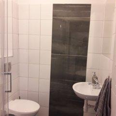 Отель Cracow Central Aparthotel Польша, Краков - отзывы, цены и фото номеров - забронировать отель Cracow Central Aparthotel онлайн ванная